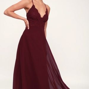 NEW-NEVER WORN: Burgundy Lace Formal Dress